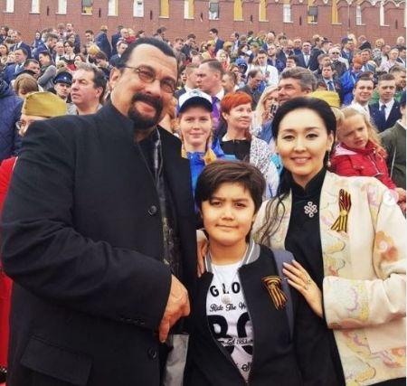 Erdenetuya Seagal with her son and husband