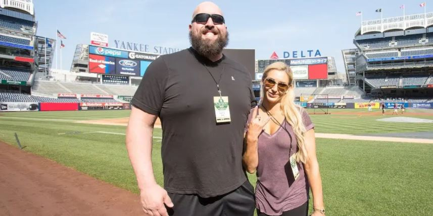 Bess with Big Show